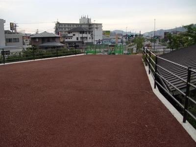 Hiroba_r